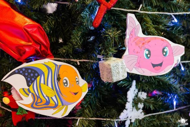 """圣诞主题快闪店邀你打卡兑换愿望""""亲""""单,还BilingBilingBiling的"""