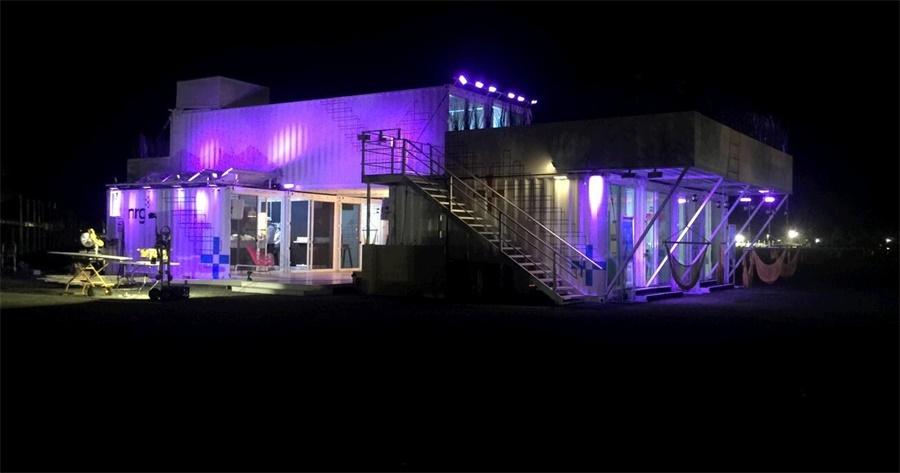 集装箱营地也是个很酷的概念:科切拉音乐艺术节