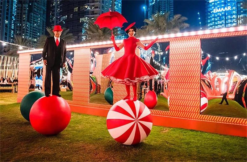 爱马仕开业庆典活动把迪拜市中心打造成了梦幻露天乐园:Let's Play!