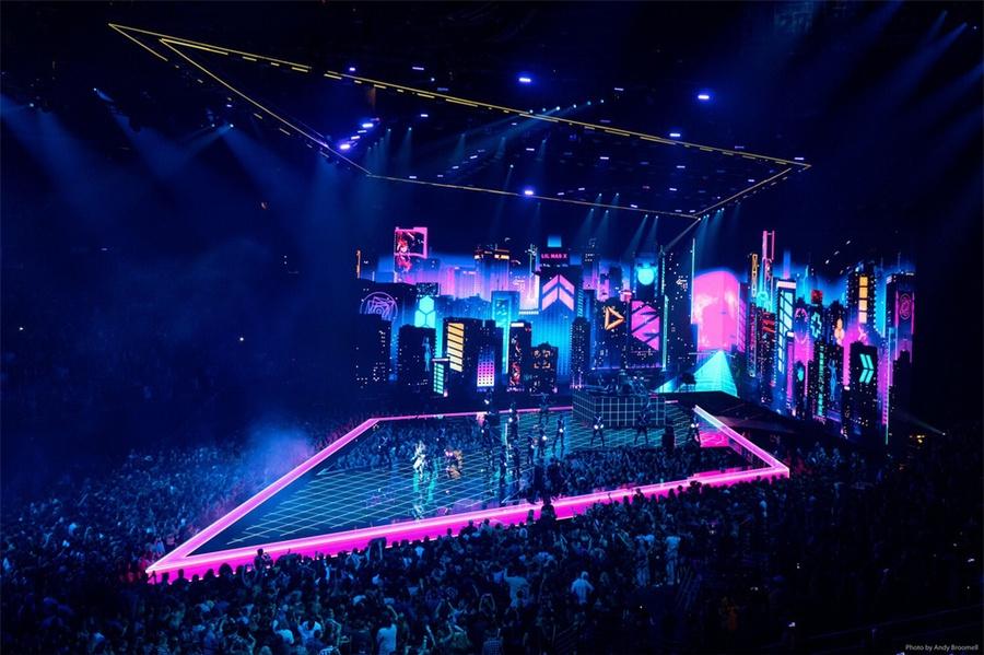 用舞美点燃音乐节活动现场,MTV音乐录影带大奖真心办得到