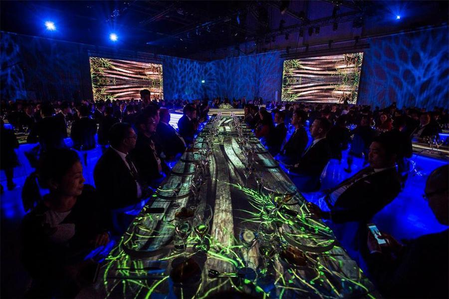 视频映射技术在这次的经销商大会活动策划上大展身手光芒万丈