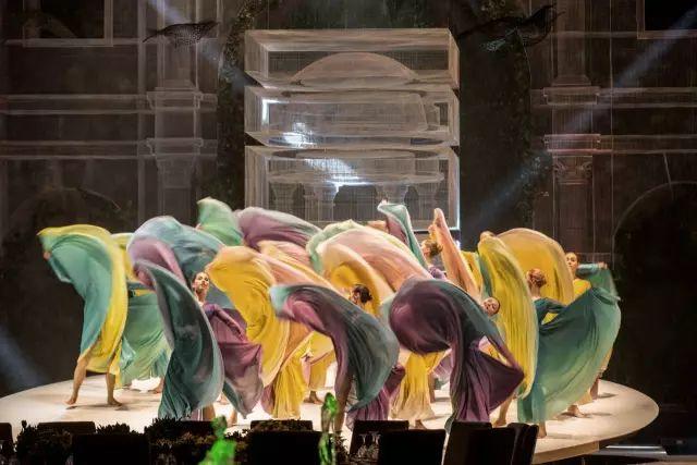 梦幻般的舞美设计和体验环境总能为每一场会展活动润色
