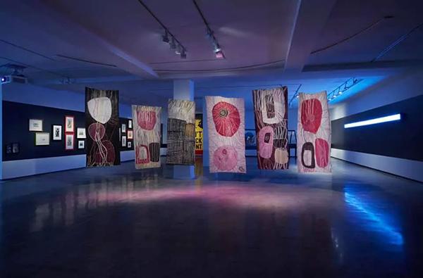 疫情中的悉尼会展活动并未阻止艺术家们细胞的绽放