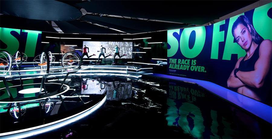3万平方英呎的快闪活动空间站来了,交互式和3D路线图策划了任何空间