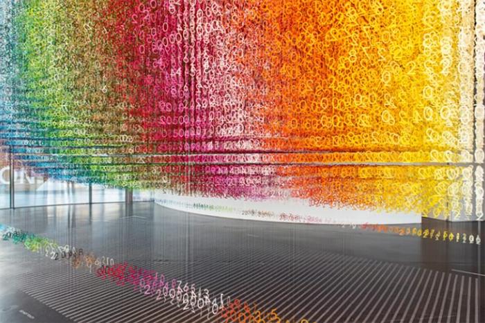 时间碎片主题展览活动,120个时间碎片展示了过去现在和未来的多彩