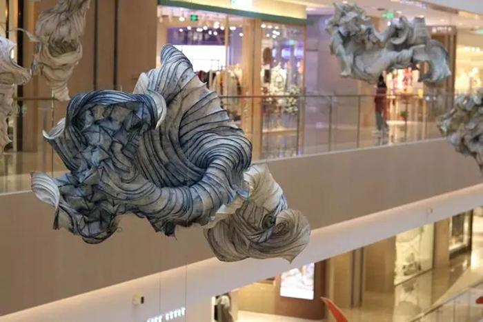 纯亚麻制成的商场艺术展览活动装置牵引起了自然和人文的形态