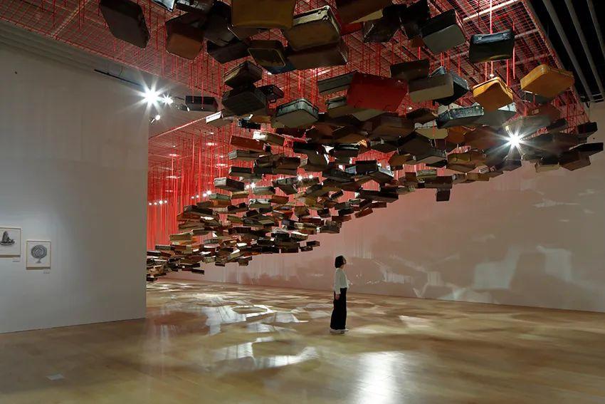 沉浸式作品会展活动再次触动人心,抽象又写实的作品思考着灵魂与生命意义
