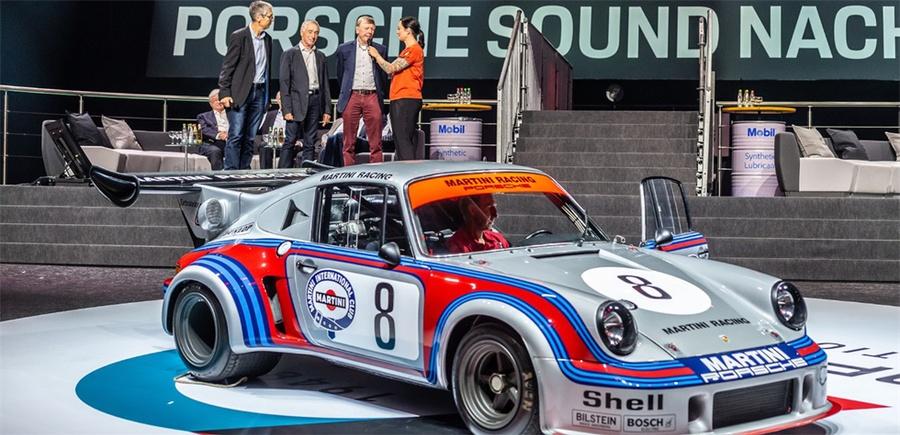 汽车庆典活动用引擎之声诠释着大品牌70年的历史文化,过瘾!