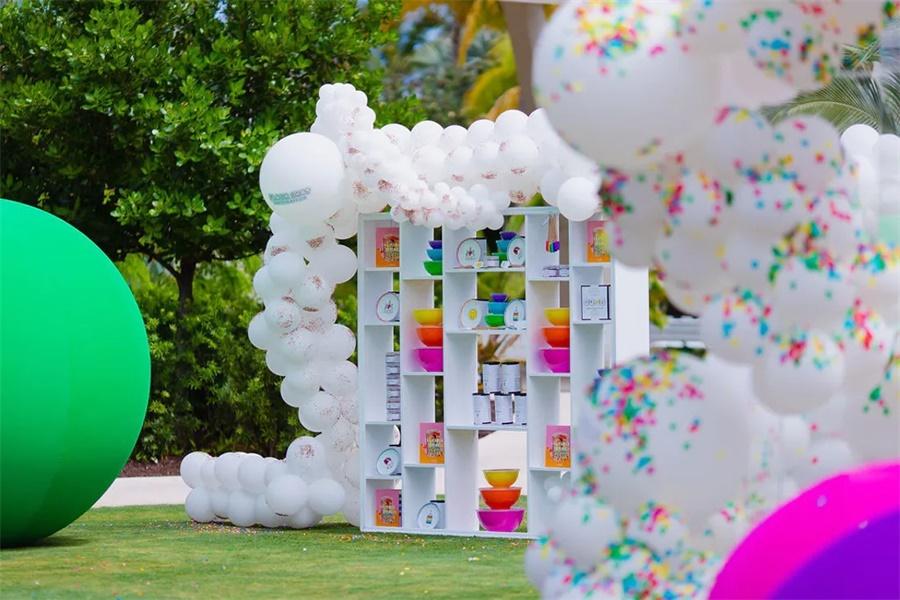 峰会活动的休息派对活动策划很彩虹,巨大彩球和彩虹甜品超阳光