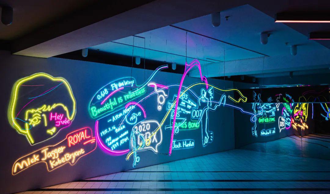 顶级跑车与当代艺术家的跨界艺术展览活动邀你欣赏最潮艺术展品