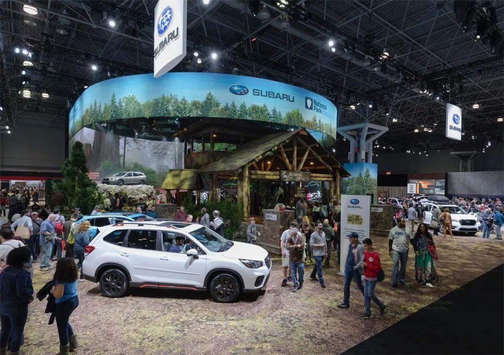 斯巴鲁北美车展活动策划直接把户外的美景带到汽车展示厅