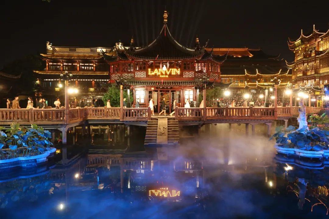 上海豫园的LANVIN2021春夏时装发布会活动策划光彩夺目