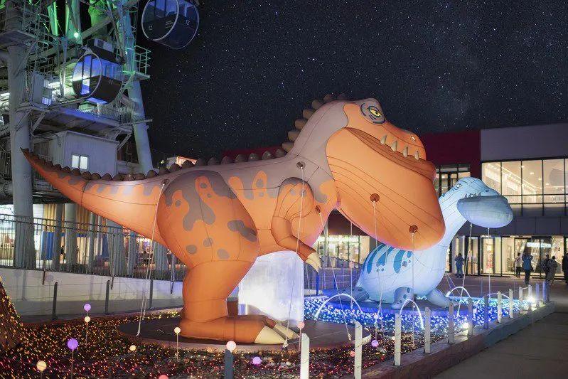 三井Outlet这次的圣诞活动策划的主题场景带你去趟南方热带岛屿