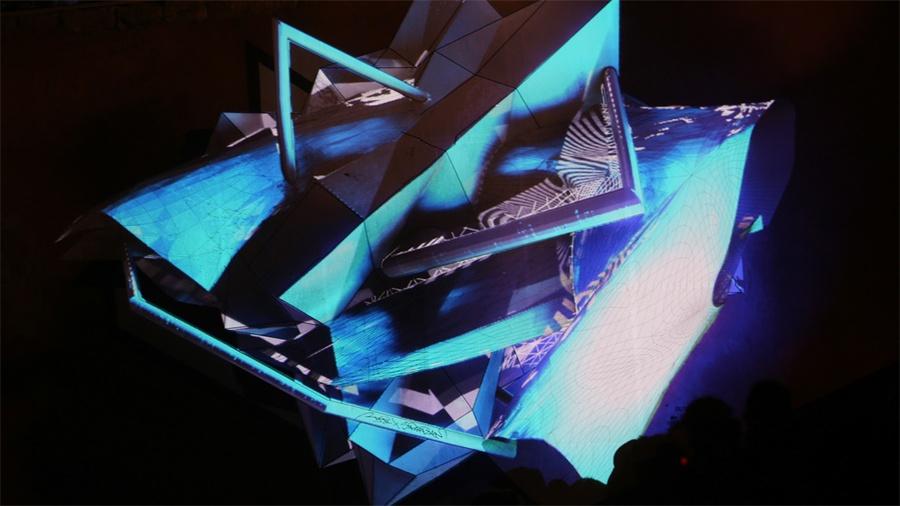 用投影映射表达的艺术作品赋予了K—Live音乐节活动策划节奏感