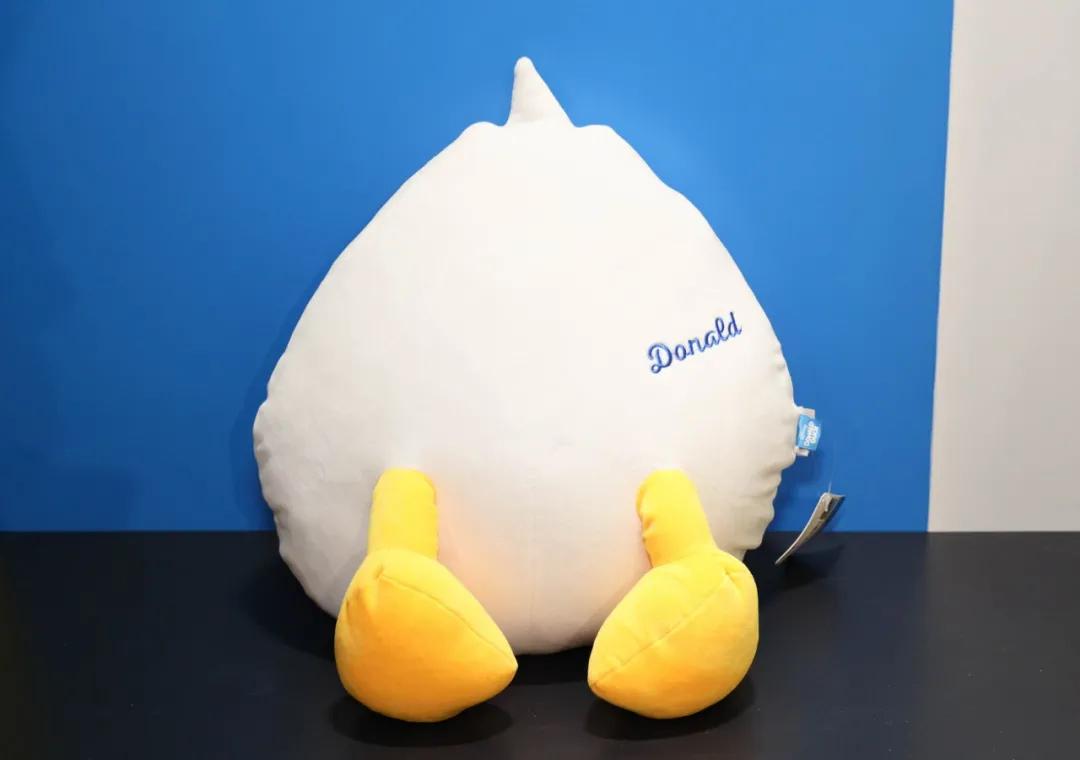 唐老鸭几何乐园嘉年华活动策划来咯,还有2.7米的唐老鸭美臀呢