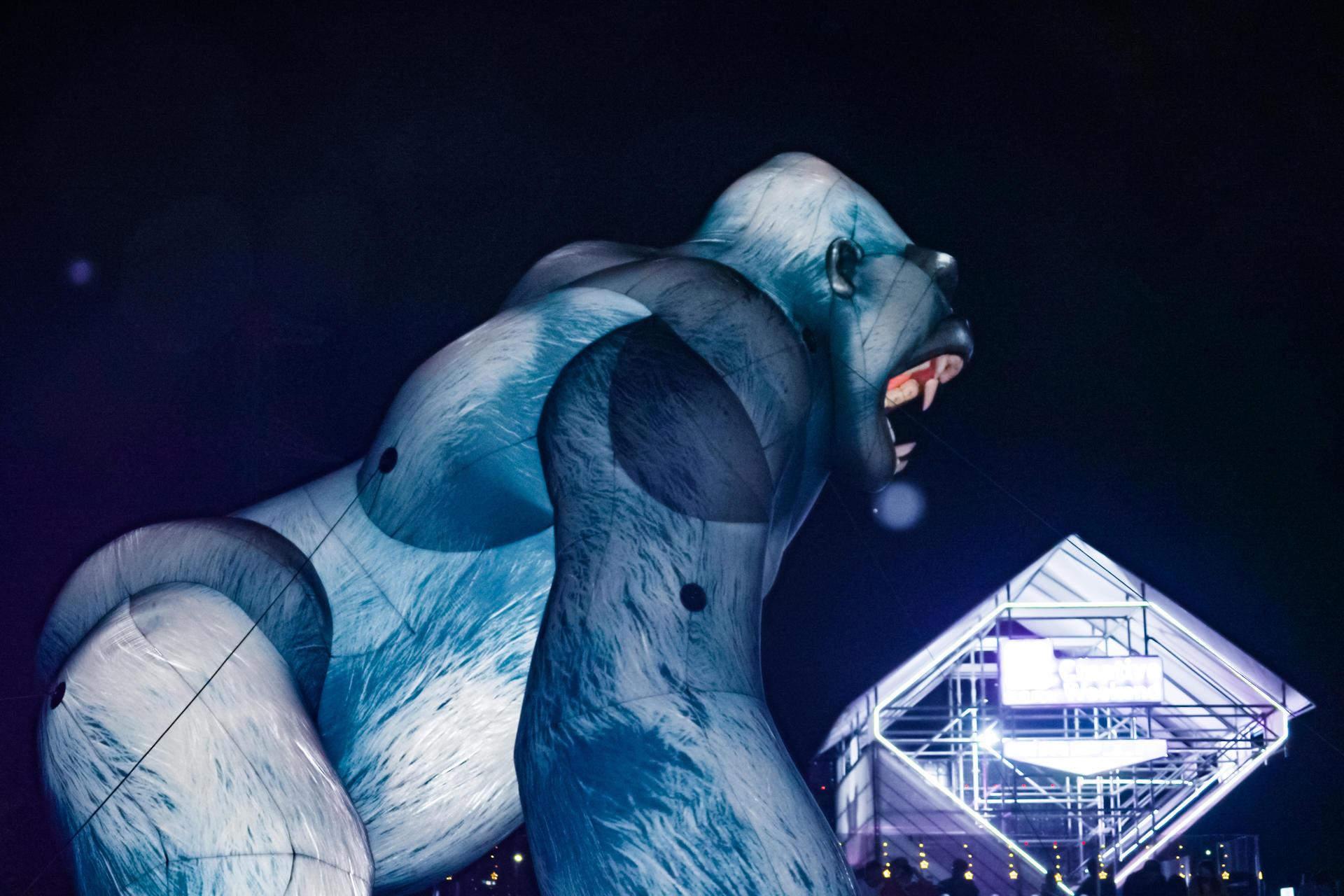 第三届云台山音乐节活动策划的100米超大舞台带来了顶级舞美,酷