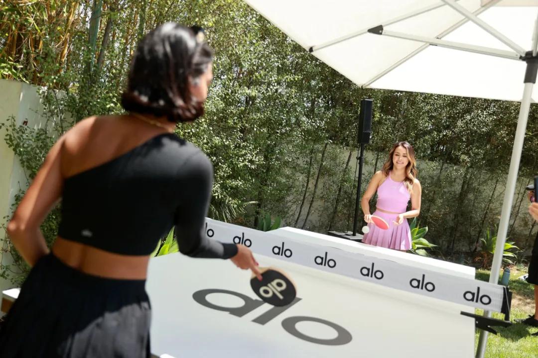 瑜伽服饰品牌办了一场健康主题活动策划,受邀嘉宾都是自带流量网红